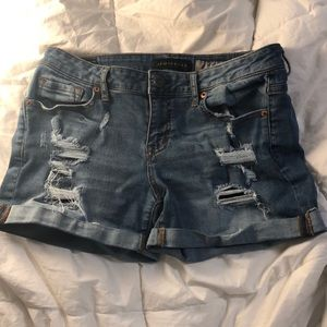 Blue denim shorts from Aeropostale in size 8